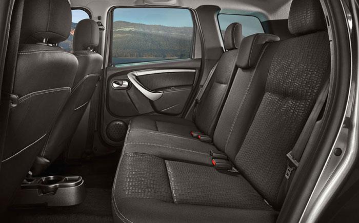 Nissan Terrano салон, задний ряд сидений