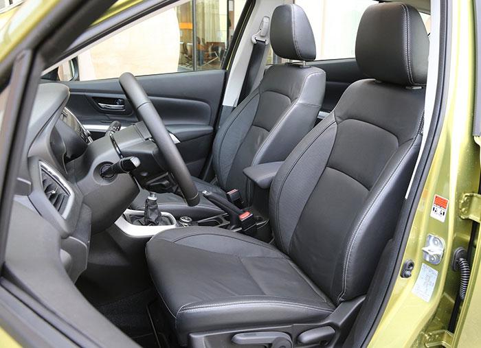 Suzuki SX4 S-cross 2014 салон