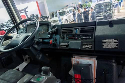 Mercedes Unimog 2014